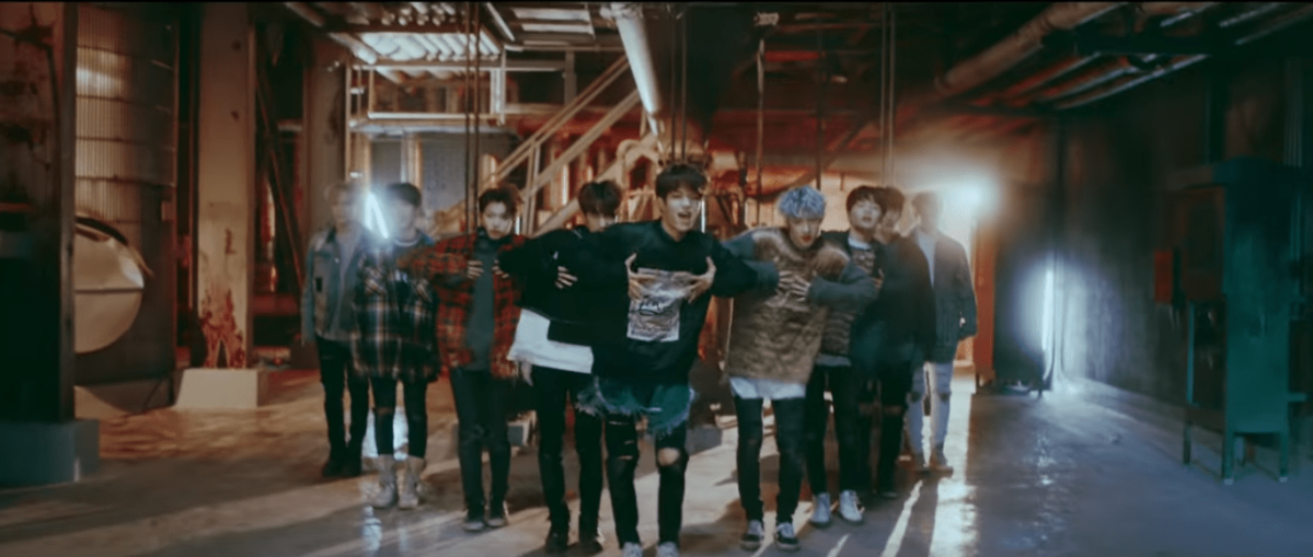 Stray Kids: Grrr Review